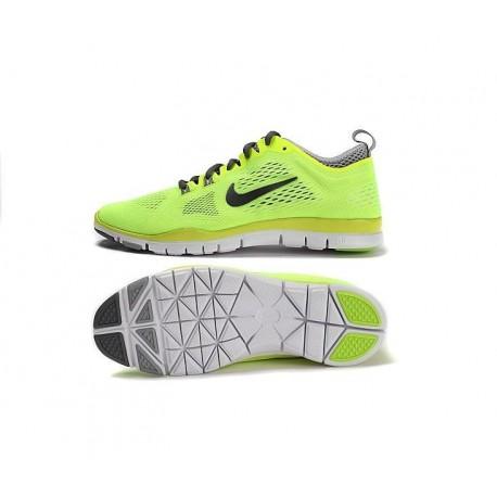 Nike Wmns Free 5.0 TR Fit 4
