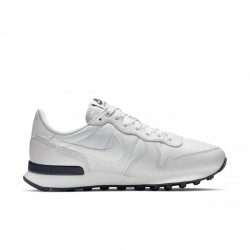 Дамски маратонки Nike Internationalist Premium